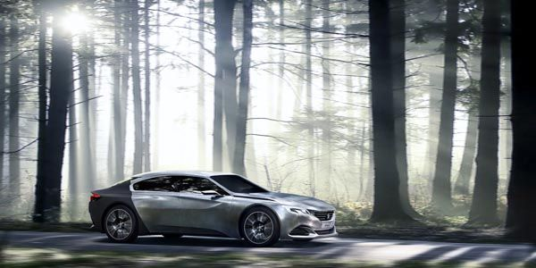 Un nouveau concept Peugeot Exalt pour Paris