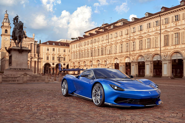 La Pininfarina Battista s'exposera à Monterey