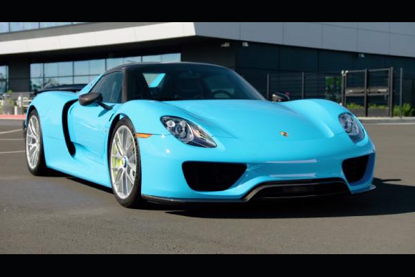 Porsche : agitateur depuis 70 ans