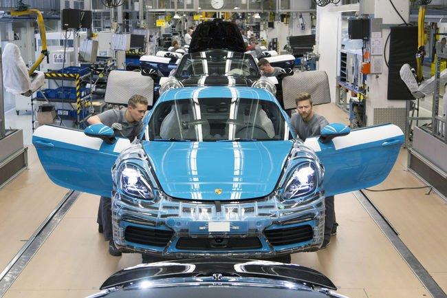 Production lancée pour la Porsche 718 Cayman