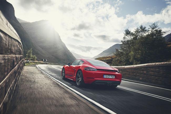 Porsche : vers une électrification de la gamme 718