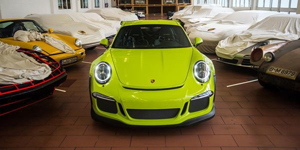Porsche 911 GT3 RS Birch Green par Porsche Exclusive