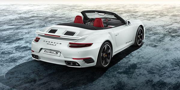 Porsche 911 Turbo S Cabriolet par Porsche Exclusive