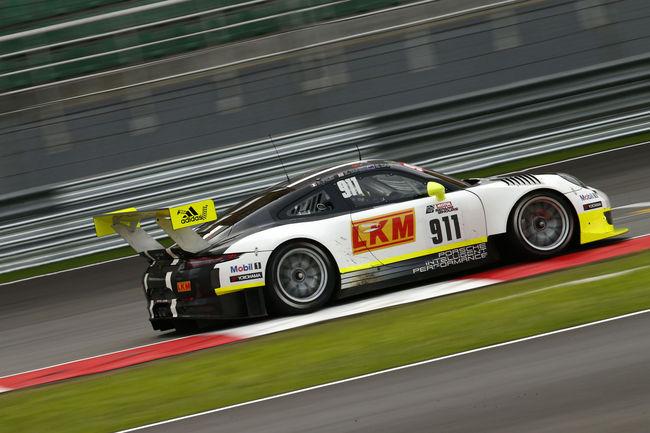Une Porsche 911 GT3 R officielle à Bathurst
