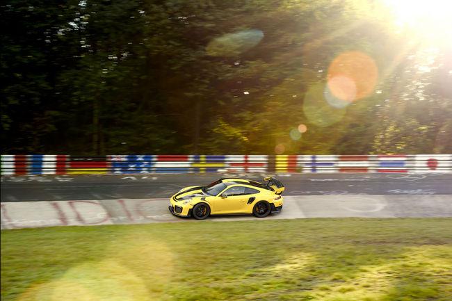 La Porsche 911 GT2 RS explose le record du Nürburgring