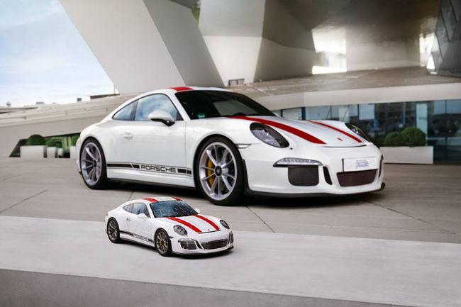 Ravensburger propose une Porsche 911 R en puzzle 3D