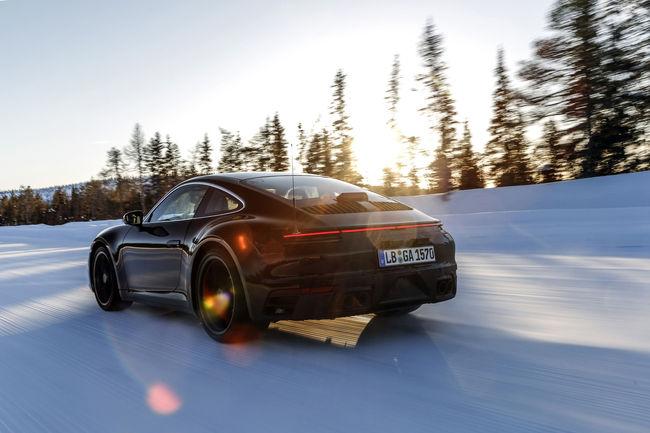 Les prototypes de la nouvelle Porsche 911 en essais