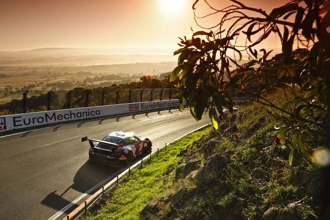 Sport : Porsche s'impose pour la première fois à Bathurst