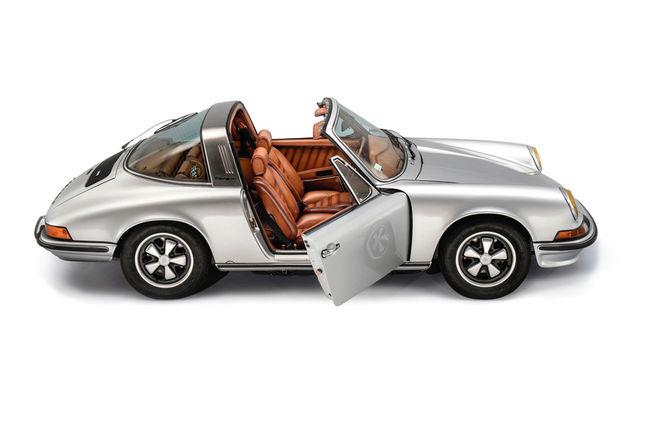 Une Porsche 911 préparée par Berluti aux enchères Sotheby's