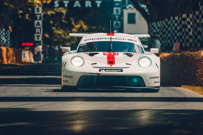Nouvelle Porsche 911 RSR