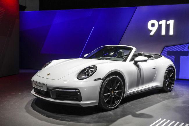Porsche 911 Carrera 4 Coupé et Cabriolet