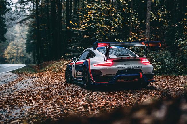 Une Porsche 911 GT2 RS Clubsport aux enchères RM Sotheby's