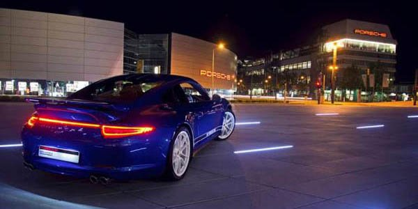 """Une Porsche 911 """"5 millions de fans"""""""