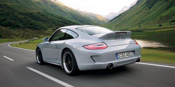 Porsche 911 Sport Classic : or blanc