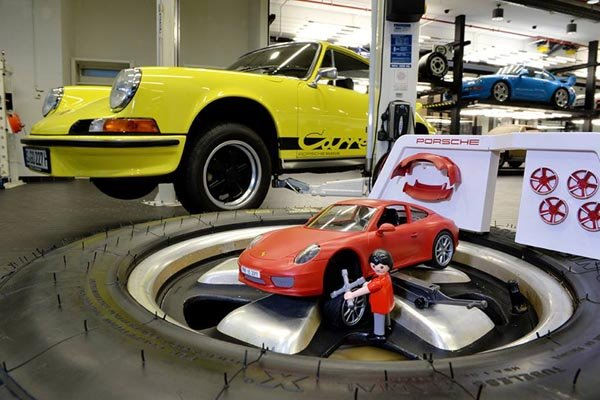 une porsche 911 carrera s chez playmobil actualit automobile motorlegend. Black Bedroom Furniture Sets. Home Design Ideas