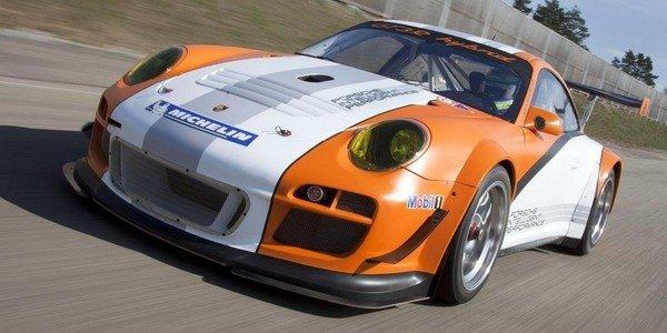 Victoire de la Porsche 911 GT3 R Hybrid
