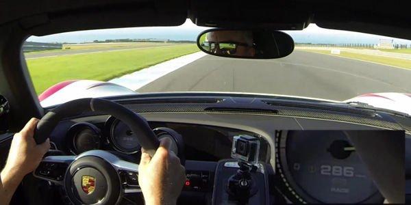 Vidéo : embarquez en Porsche 918 Spyder à Phillip Island