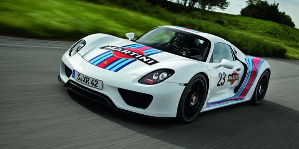 Walter Röhrl casse une Porsche 918 Spyder