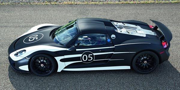 La Porsche 918 Spyder se dévoile