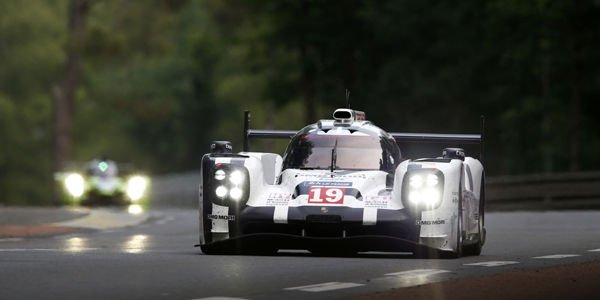 La Porsche 919 Hybrid n°19 en action à Goodwood