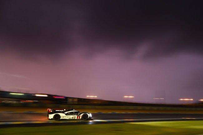Le Mans : Porsche en pole position