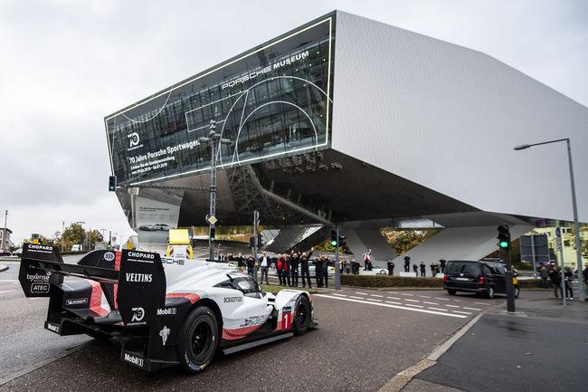 Les Porsche 919 Hybrid entrent au musée