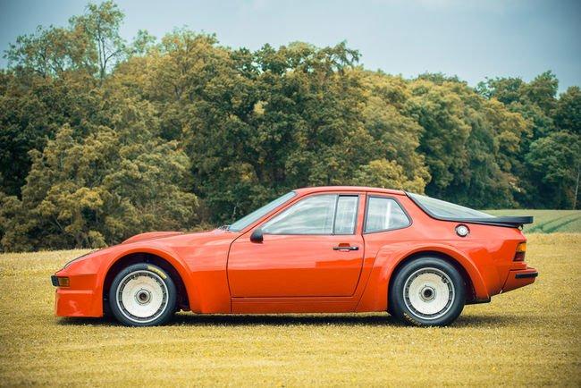 Une rare Porsche 924 Carrera GTR aux enchères
