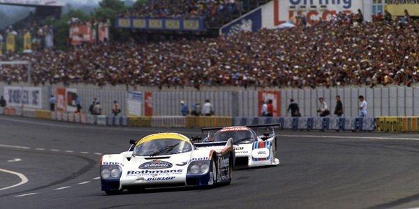 La Porsche 956 lauréate des 24H du Mans 1983 en action