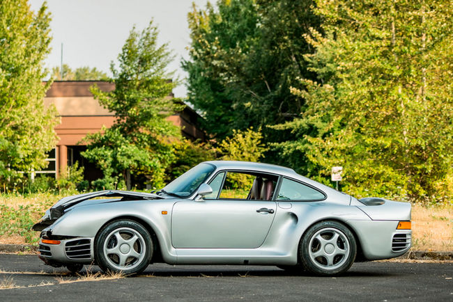 Mecum : la Porsche 959 accidentée adjugée 467 500 $