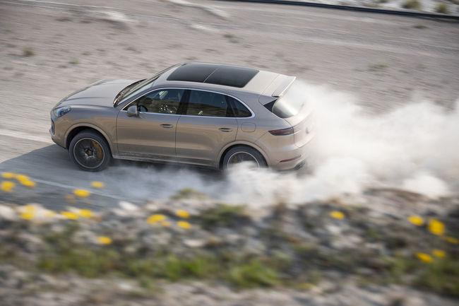 Record insolite pour le Porsche Cayenne Turbo S E-Hybrid