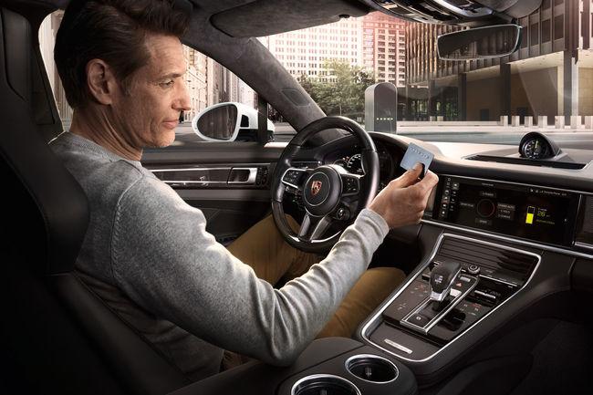 Porsche déploie ses stations de chargement électrique en Europe