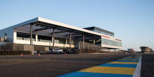 Porsche Experience Center : la Mecque des porschistes au Mans