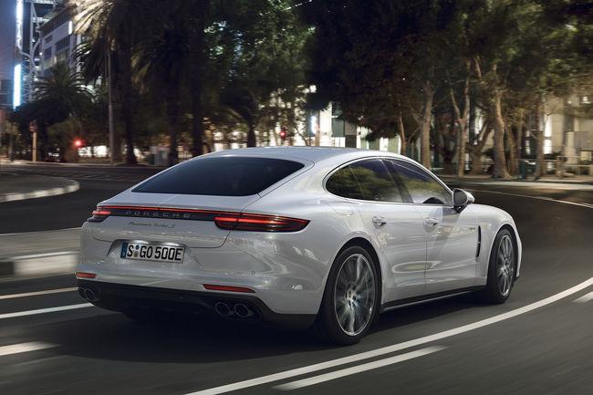 Nouvelle Porsche Panamera Turbo S E-Hybrid
