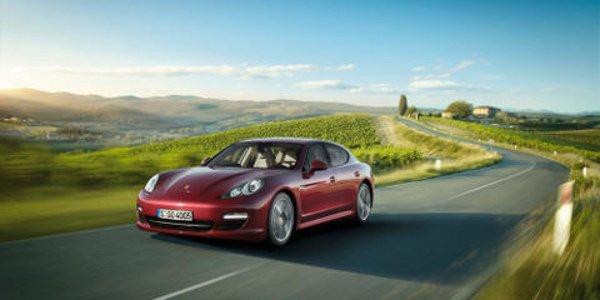 Porsche rappelle ses Panamera