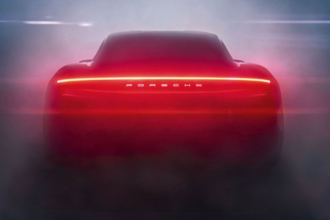Porsche Taycan : plus de 20 000 clients intéressés