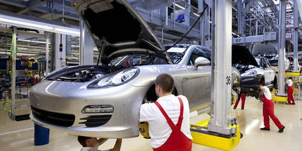 Porsche : un exercice 2012 record