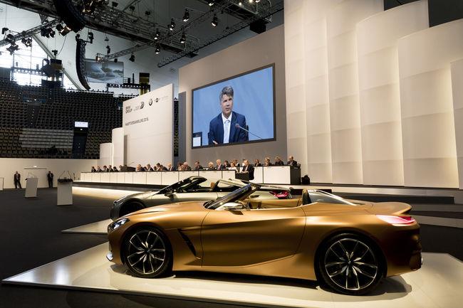 Premier teaser pour la BMW iNEXT