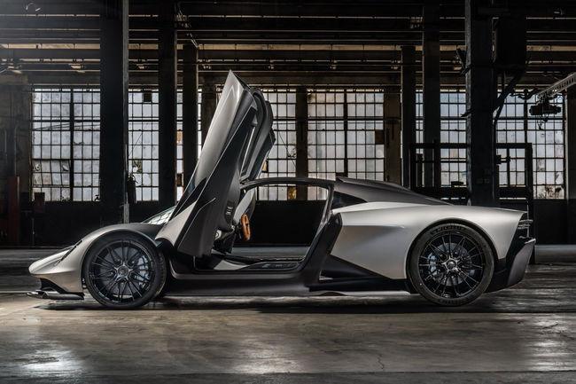 Quatre Aston Martin au casting du nouveau James Bond