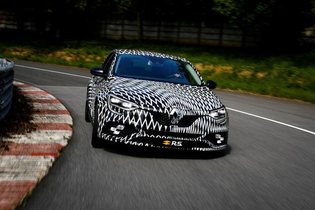 La nouvelle Renault Mégane R.S. entre en piste à Monaco