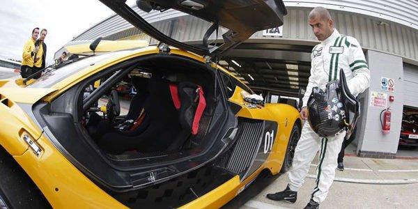 Embarquez avec Chris Harris dans la Renault R.S.01