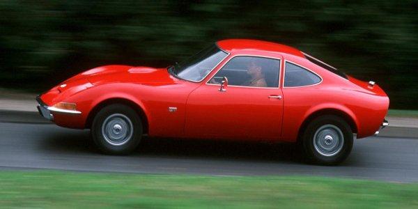 Le retour d'un authentique Opel GT ?