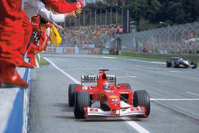 Une F1 Ferrari F2002 ex-Schumacher aux enchères RM Sotheby's