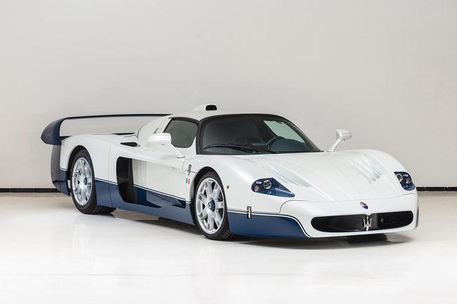 Vente réussie pour RM Sotheby's à Rétromobile