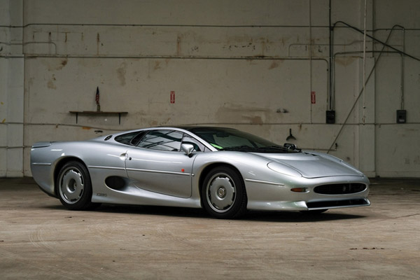 RM Sotheby's : des Supercars à Fort Lauderdale