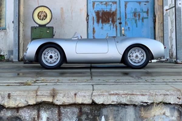 RM Sotheby's : Bugatti et Porsche à Paris