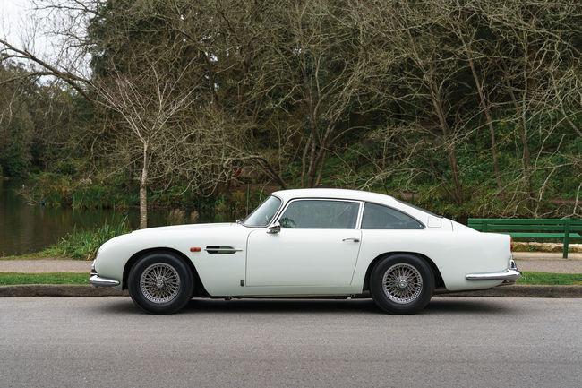 RM Sotheby's : la vente Aston Martin se précise