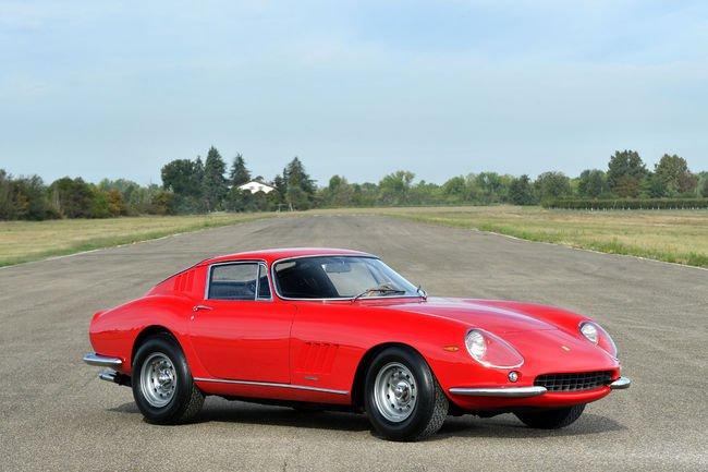 430 voitures aux enchères RM Sotheby's de Milan