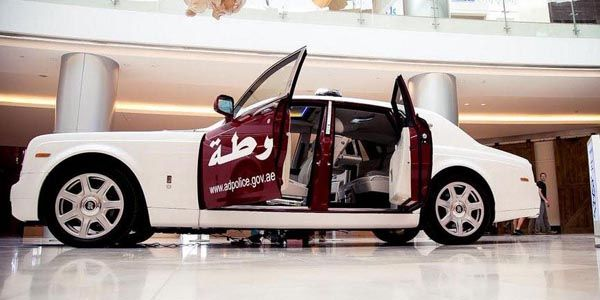 Une Rolls-Royce Phantom pour la Police d'Abu Dhabi
