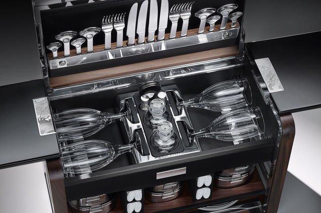 Panier pique-nique de luxe chez Rolls-Royce
