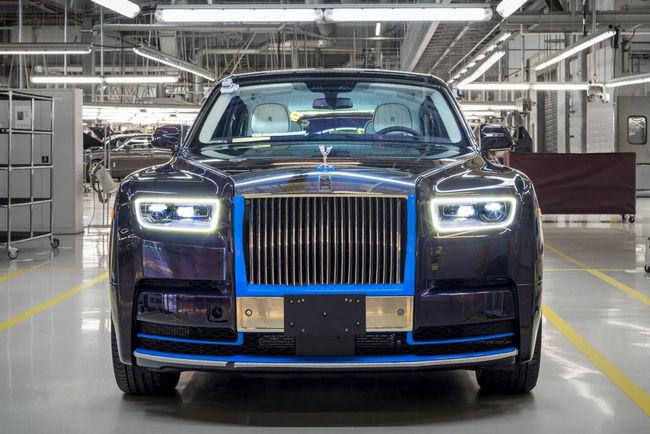 Rolls-Royce Phantom : le premier exemplaire aux enchères